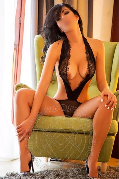 Sexy Chanel  LATINA 3938351328
